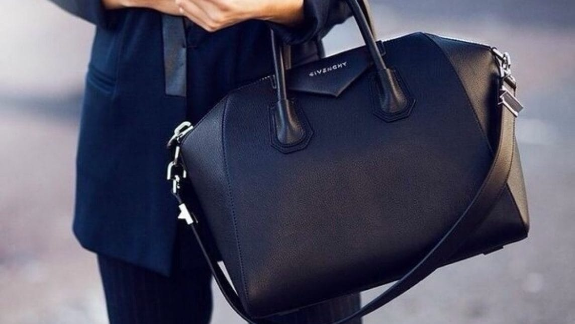Женские черные большие сумки класса люкс